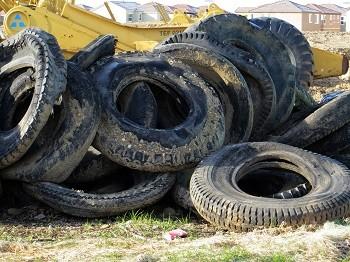staré pneumatiky